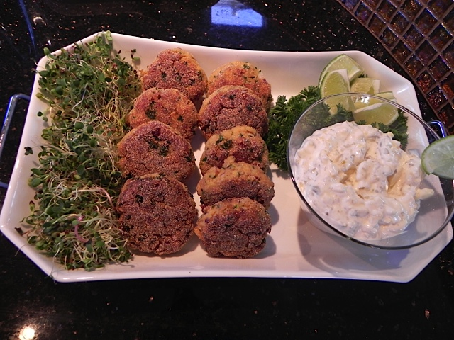 recipe Spicy Salmon Cakes with Mango Tartar Sauce - yacht charters